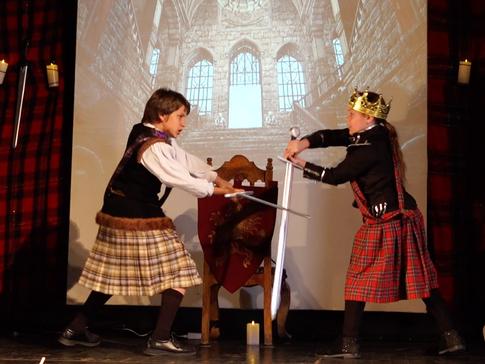 Macduff and Macbeth La Crescenta Fall 2018 Macbeth