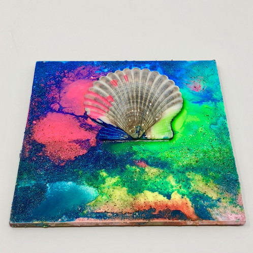 Beach yourself shell plaque hand made on the beach on marthas vineyard take that beach side sunset home with you in this pint sized plaque 4x4 is a beautiful size to fit anywhere or even prop it up on your desk solutioingenieria Images