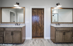 His and her master bath