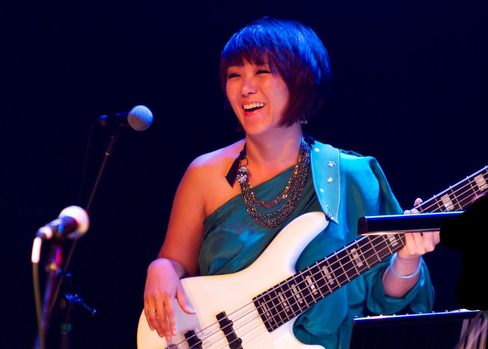 Bassist Wendy Phua performing at Esplanade Recital Studio