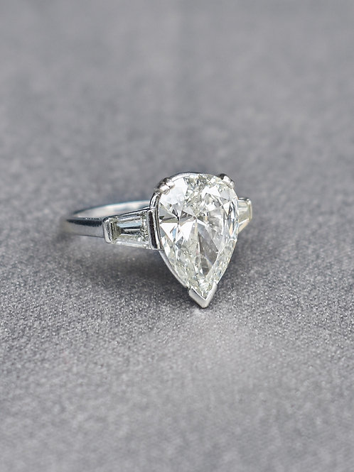 Pear Diamond Ring