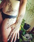 Henna Boudoir Floral