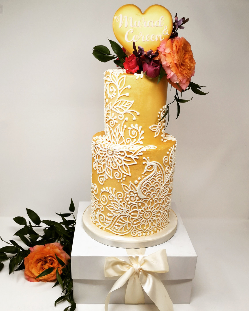 Customized Mehndi Cake
