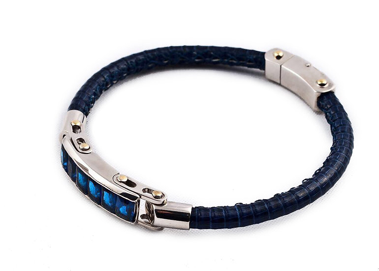 Quatro bracelet
