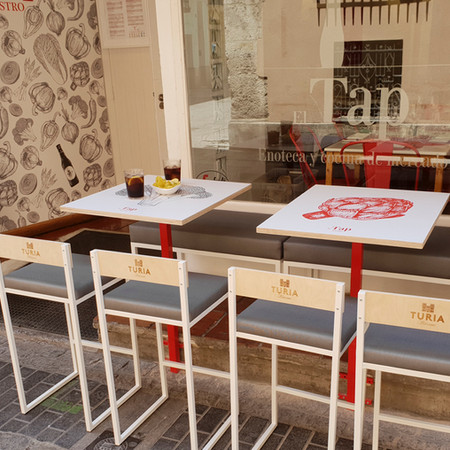 Mobiliario de terraza para Cerveza Turia