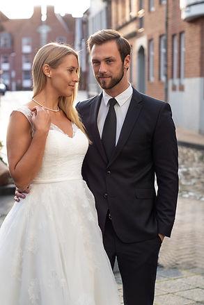 After Wedding, wenn das Wetter nicht zum Hochzeitstag passt, oder geplant für ein entspanntes Brautpaar-Shooting
