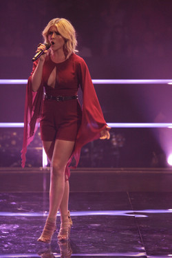 KYLIE JANE ON THE VOICE 2016