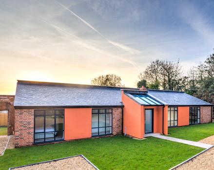 Peach House, Apperley