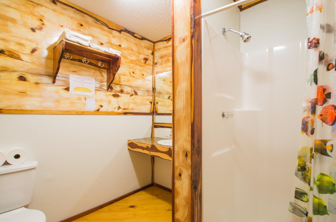 Cabin 7-11.jpg