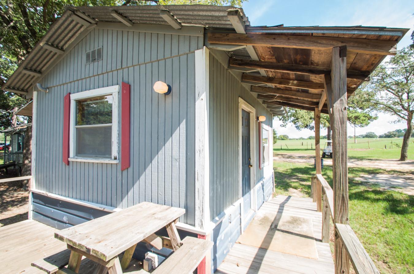 Cabin 17-12.jpg