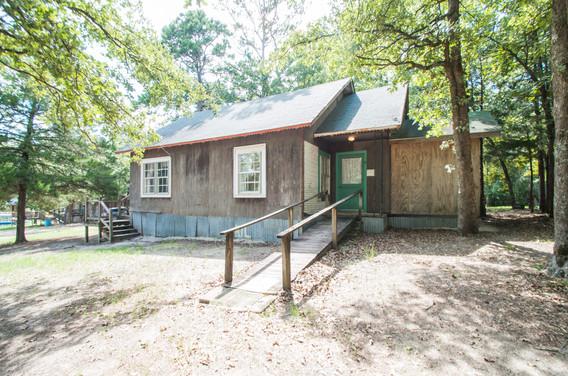 Cabin 14-2.jpg