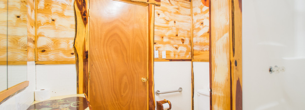 Cabin 7-9.jpg