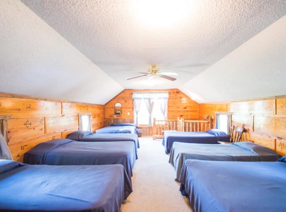 Cabin 4-10.jpg