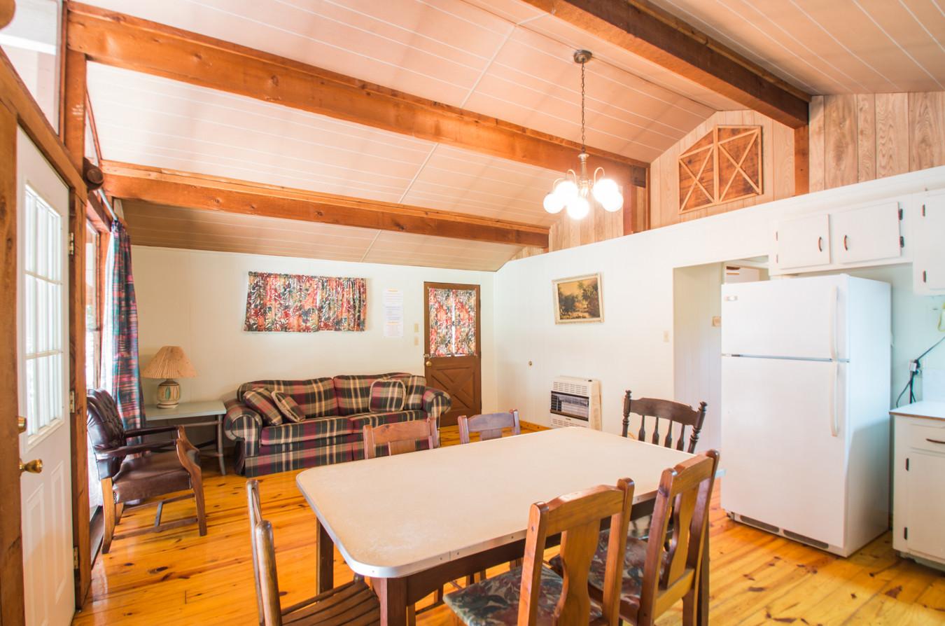 Cabin 10-5.jpg