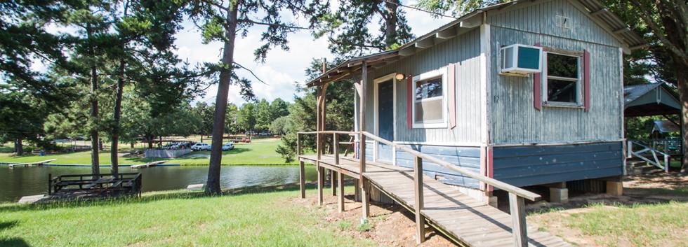 Cabin 17-10.jpg