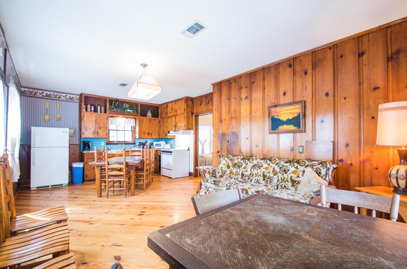 Cabin 14-3.jpg