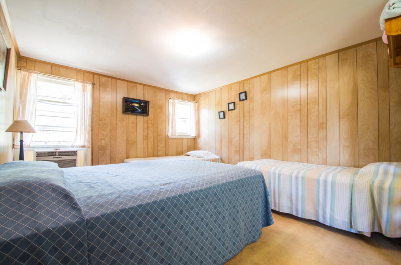 Cabin 8-14.jpg