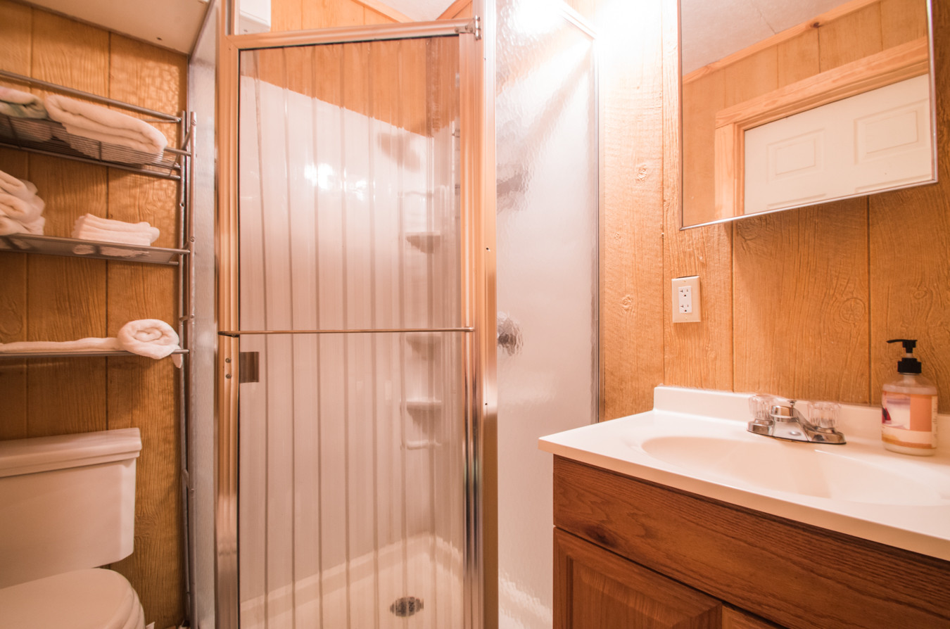 Cabin 22-14.jpg