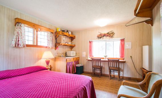 Cabin 13-5.jpg