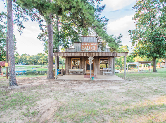 Crazy Horse Saloon-1.jpg