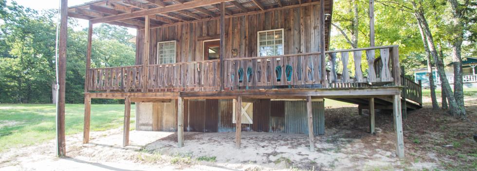Cabin 18-3.jpg