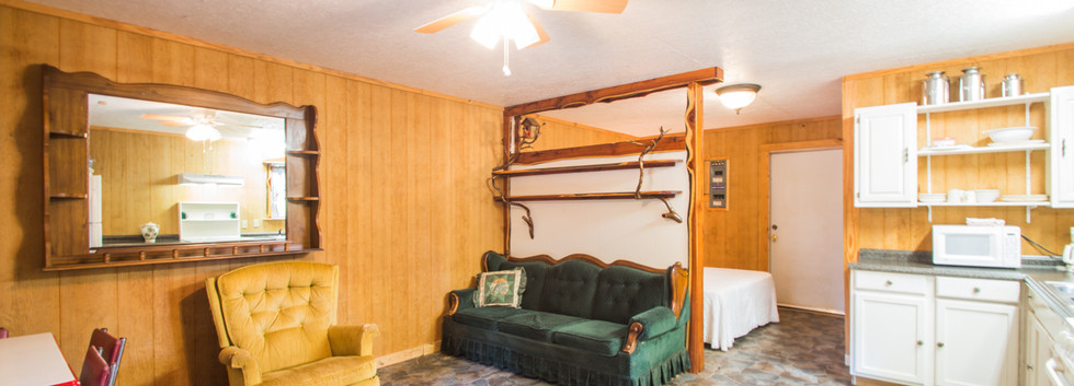 Cabin 22-12.jpg