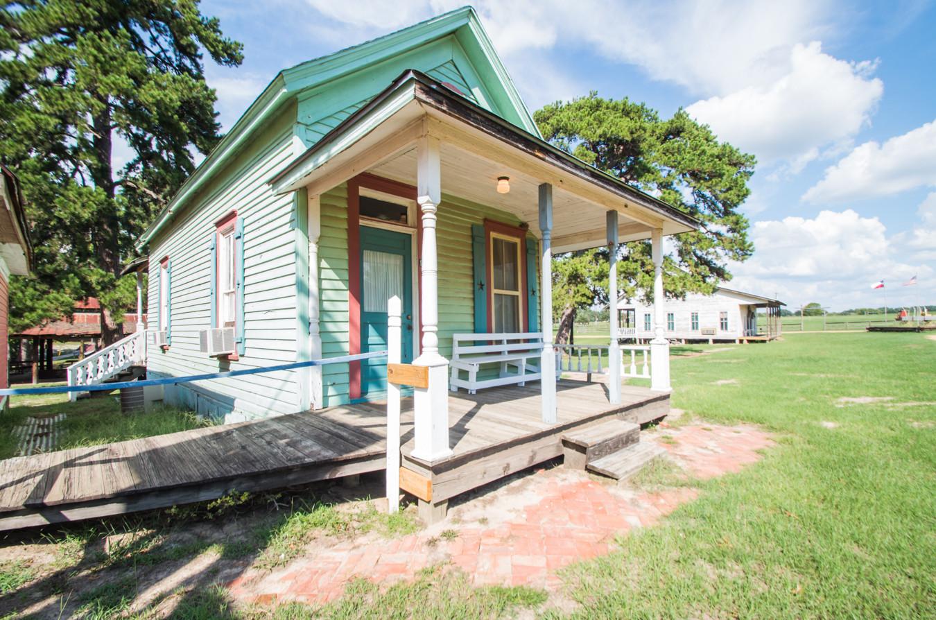 Cabin 12-11.jpg