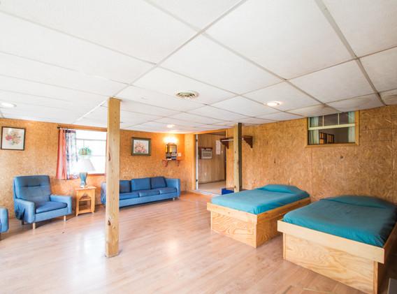 Cabin 6-9.jpg