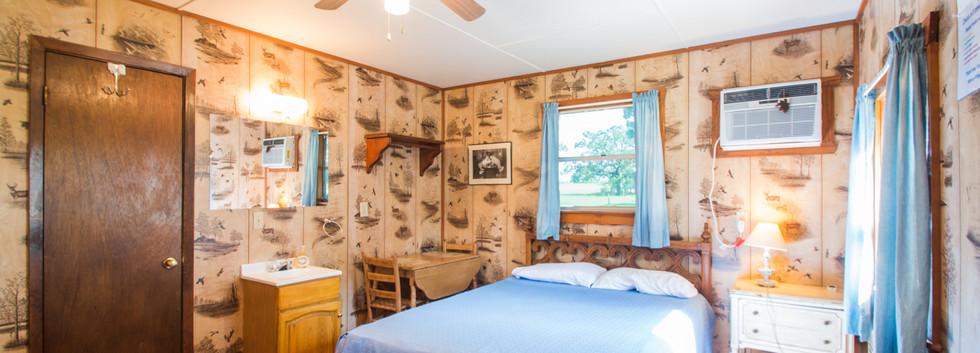 Cabin 17-13.jpg