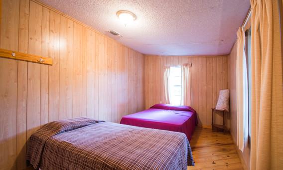 Cabin 16-5.jpg