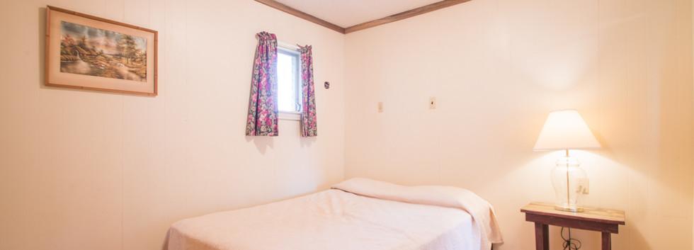 Cabin 15-5.jpg