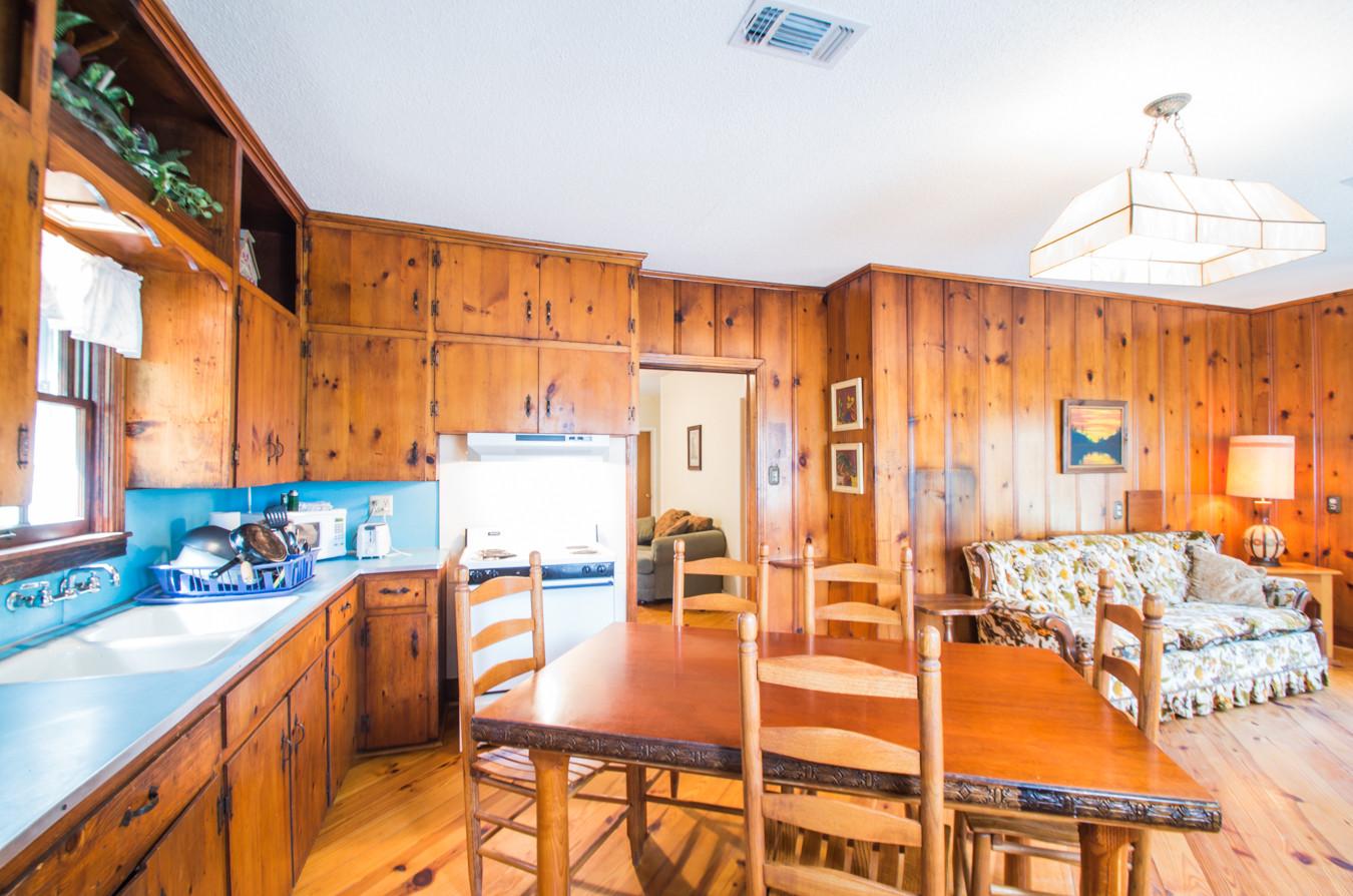 Cabin 14-4.jpg