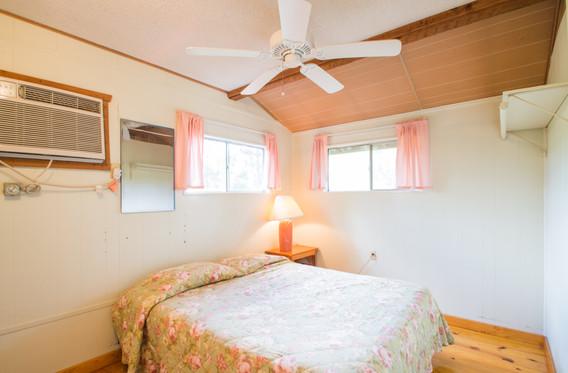 Cabin 10-7.jpg