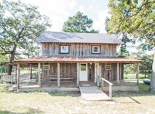 Cabin 4-1.jpg