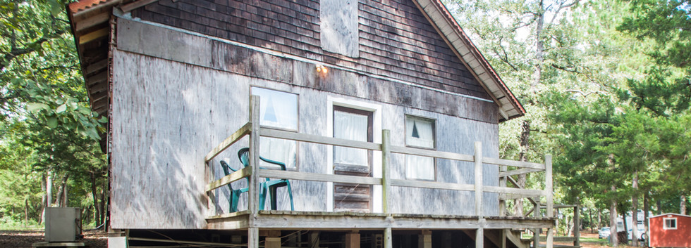 Cabin 14-1.jpg