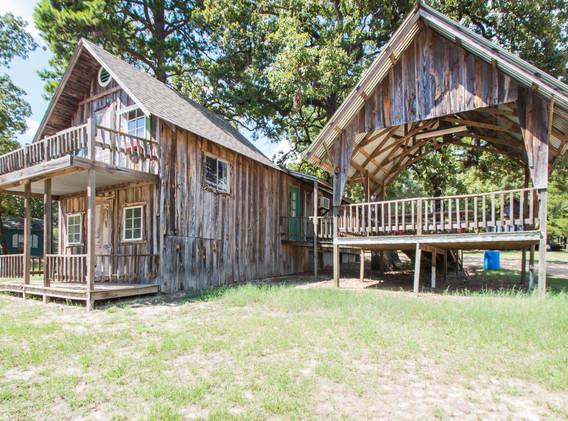 Cabin 3-3.jpg