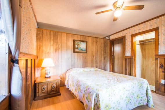 Cabin 21-15.jpg