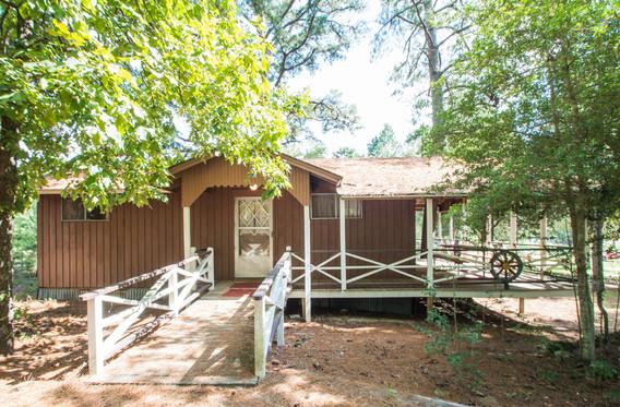 Cabin 10-3.jpg