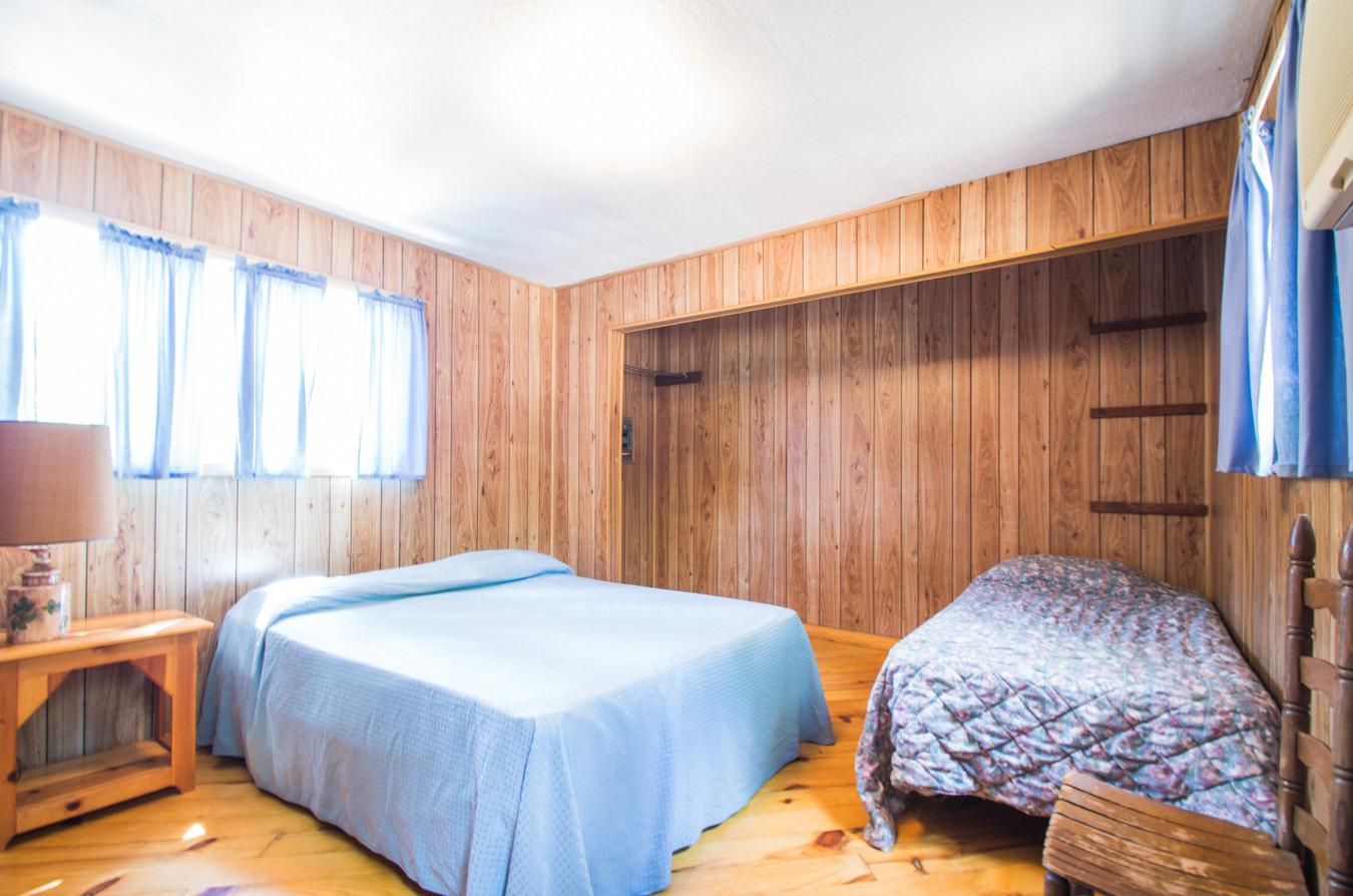 Cabin 3-7.jpg