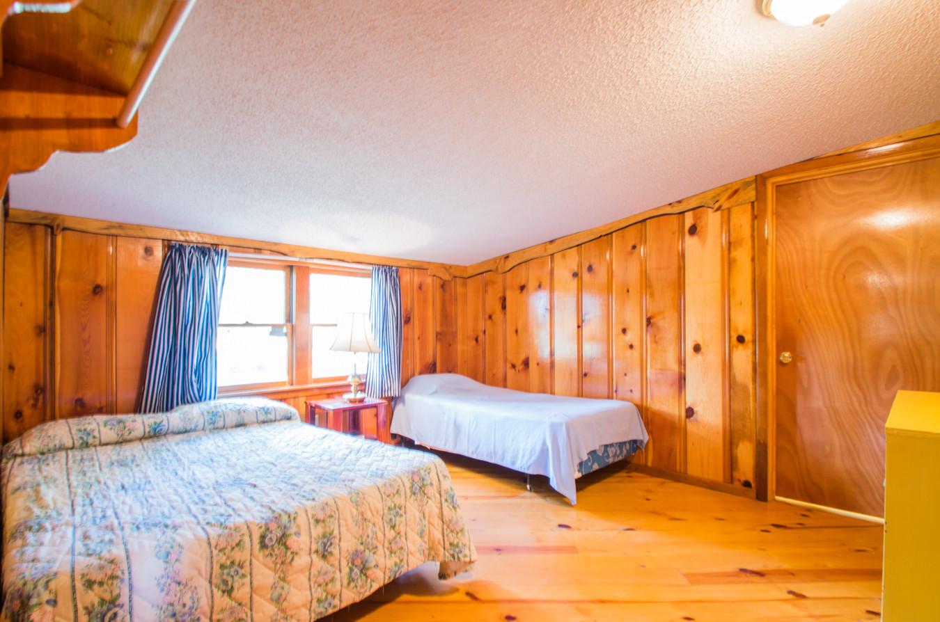 Cabin 7-8.jpg