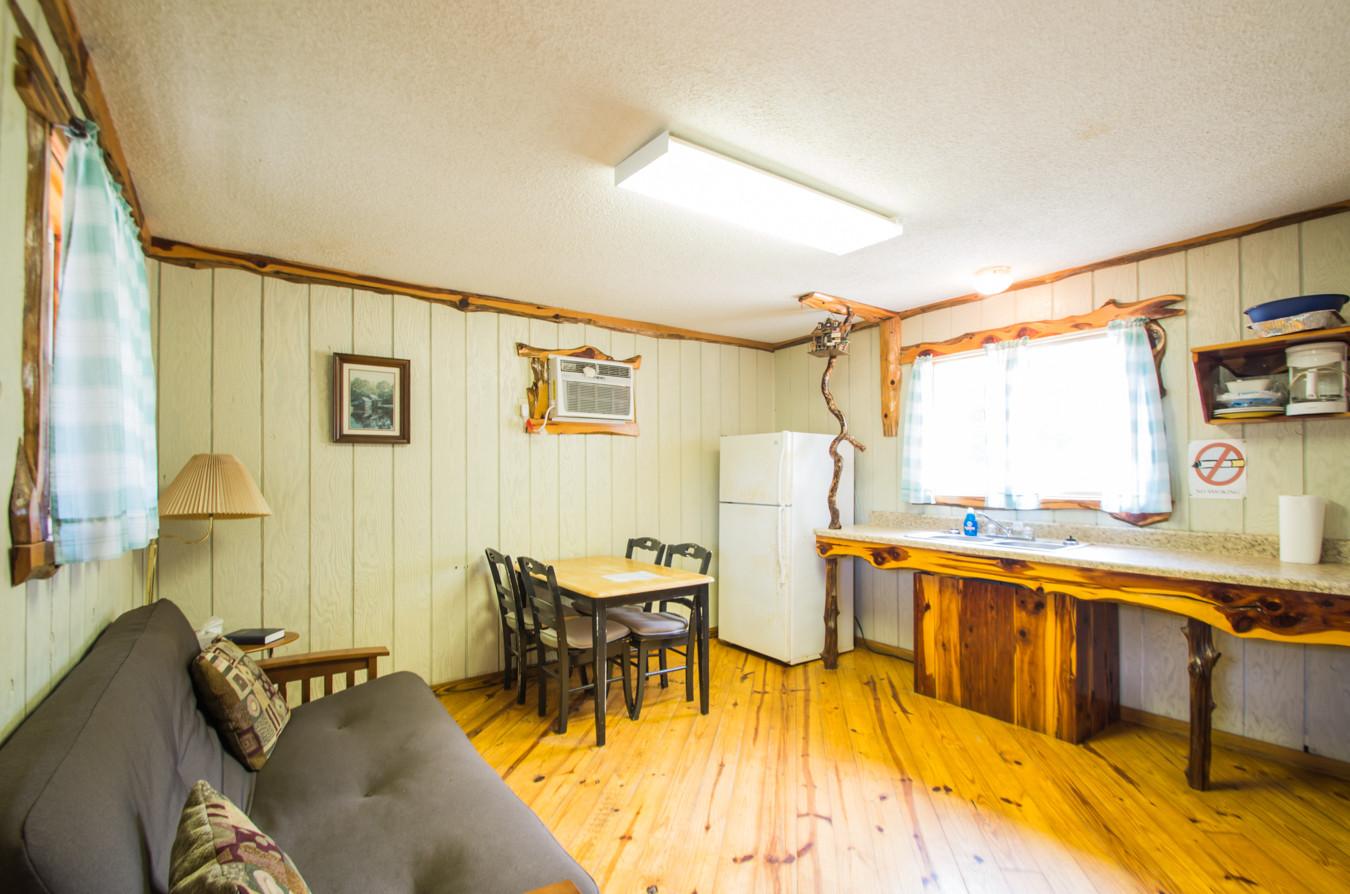 Cabin 18-5.jpg