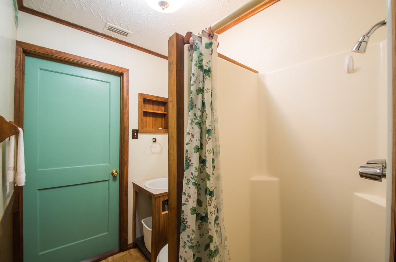 Cabin 12-18.jpg