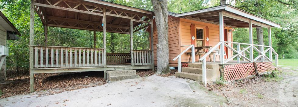Cabin 1-2.jpg