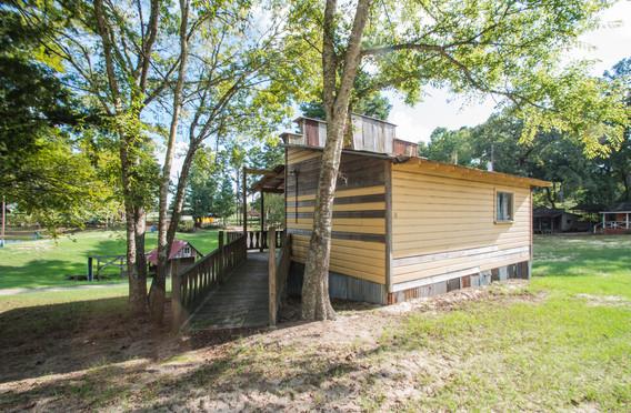 Cabin 18-1.jpg
