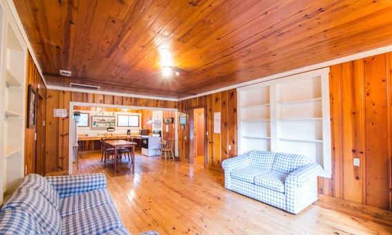 Cabin 16-3.jpg