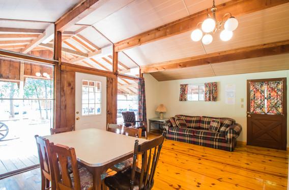 Cabin 10-6.jpg
