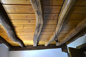bigas de madera recuperada