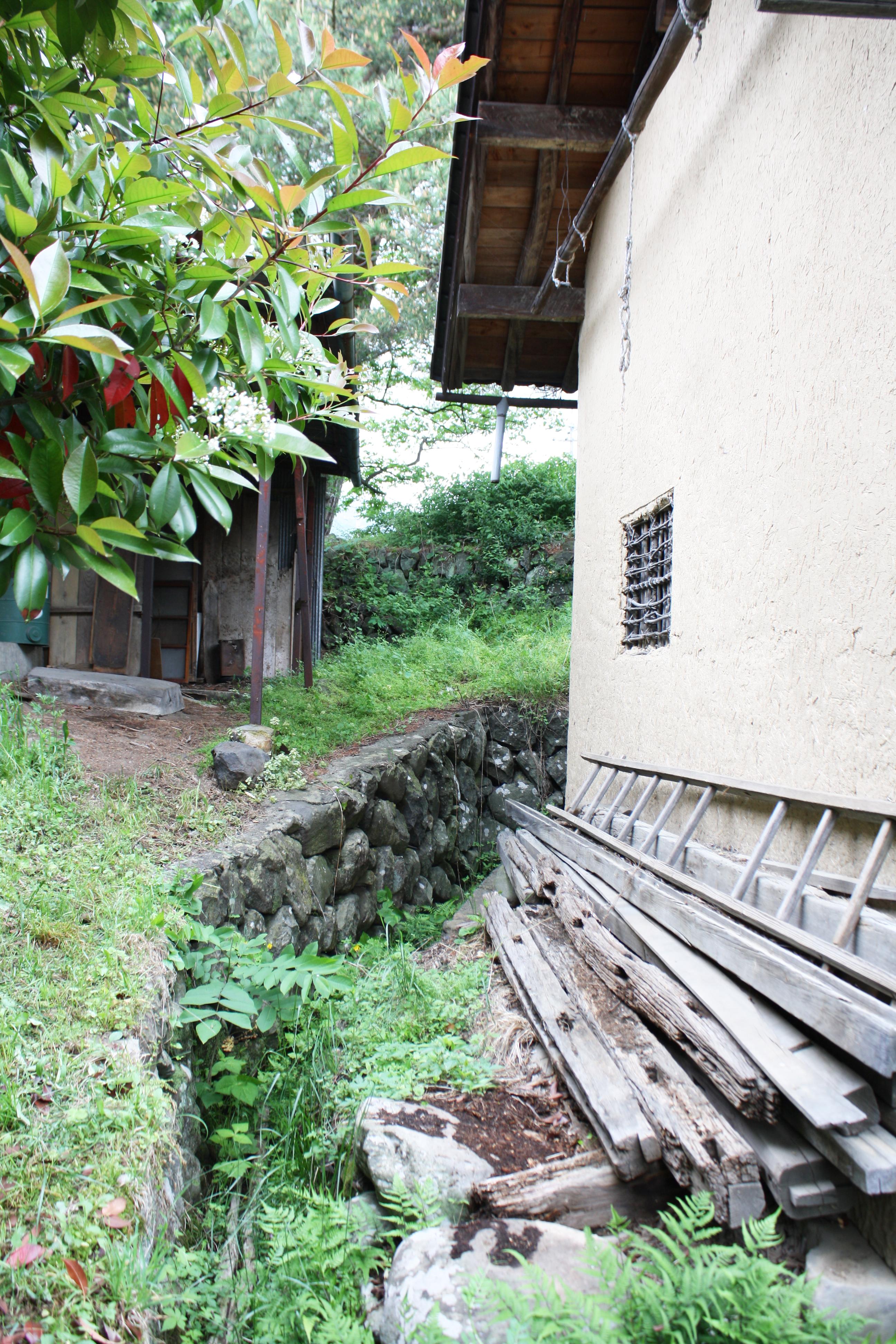 つづねの森ゲストハウス 敷地