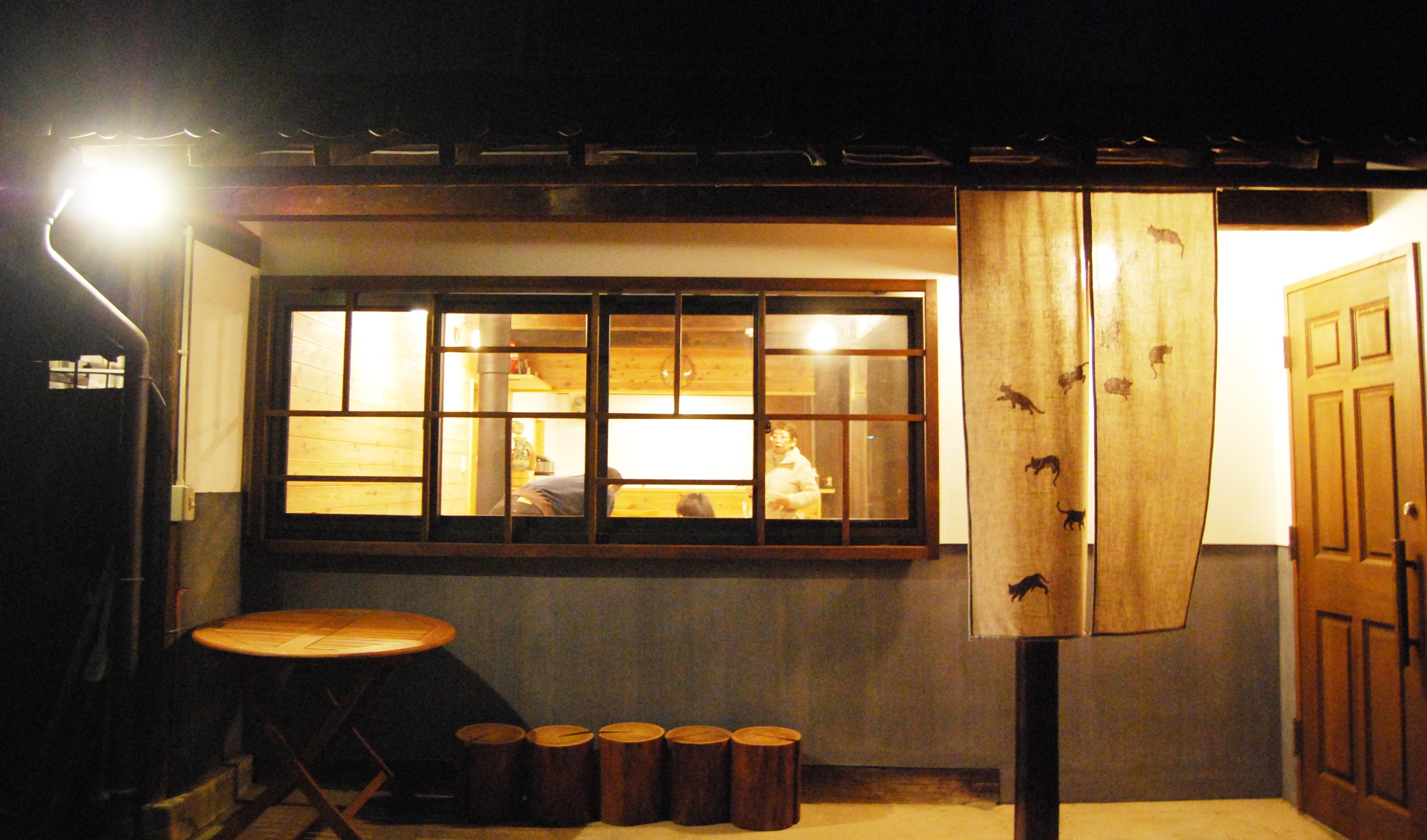 つづねの森ゲストハウス エントランス
