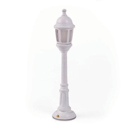Street Lamp Dining White